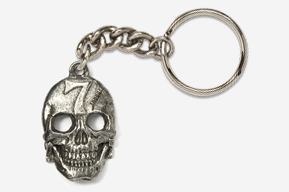 #K807 - Lucky #7 Skull Antiqued Pewter Keychain