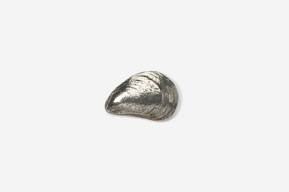 #M543 - Mussel Pewter Mini-Pin